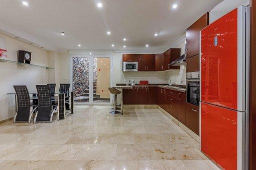 Casa en Adeje, ciudad San Eugenio Alto, 279 m2, jardin, terraza, balcon   | 35