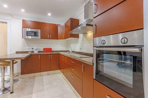 Casa en Adeje, ciudad San Eugenio Alto, 279 m2, jardin, terraza, balcon   | 36