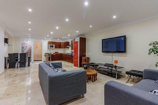 Casa en Adeje, ciudad San Eugenio Alto, 279 m2, jardin, terraza, balcon   | 41