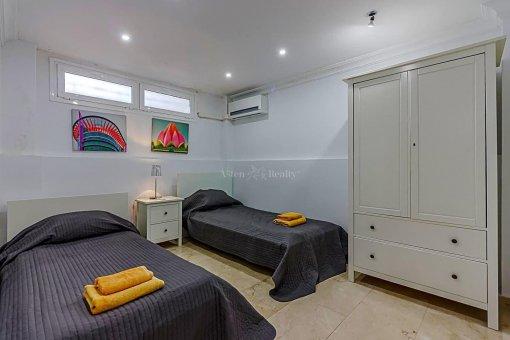 Casa en Adeje, ciudad San Eugenio Alto, 279 m2, jardin, terraza, balcon   | 42