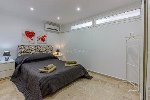 Casa en Adeje, ciudad San Eugenio Alto, 279 m2, jardin, terraza, balcon   | 46