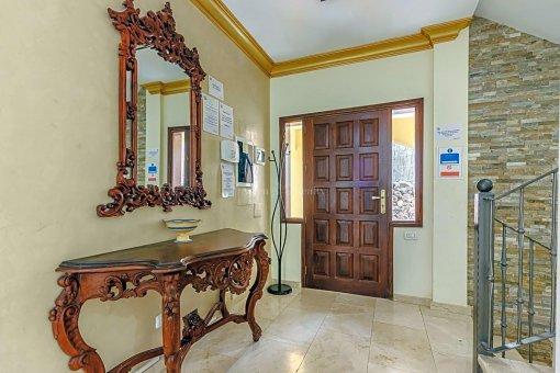 Casa en Adeje, ciudad San Eugenio Alto, 279 m2, jardin, terraza, balcon   | 49