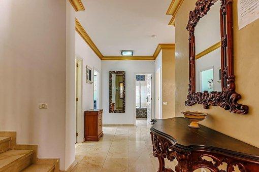 Casa en Adeje, ciudad San Eugenio Alto, 279 m2, jardin, terraza, balcon   | 50