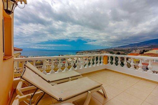 Casa en Adeje, ciudad San Eugenio Alto, 279 m2, jardin, terraza, balcon   | 67