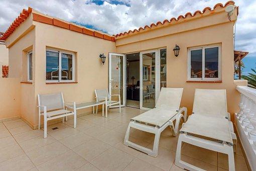 Casa en Adeje, ciudad San Eugenio Alto, 279 m2, jardin, terraza, balcon   | 71