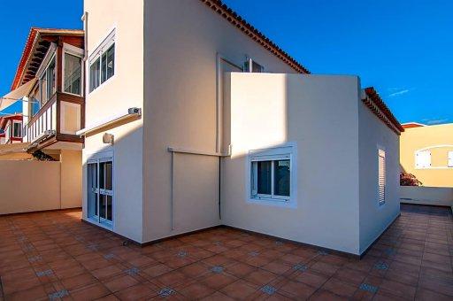 Casa adosada en Adeje, ciudad El Madroñal, 152 m2, jardin, terraza, garaje   | 41
