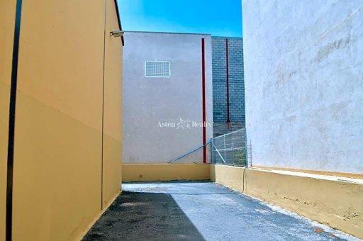 Коммерческое помещение в Сан-Мигель-де-Абона, город Лас-Чафирас, 680 м2   | 30