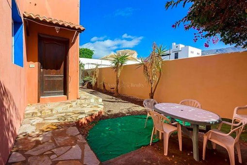 Вилла в Адехе, город Плайя-Параисо, 300 м2, сад, террасса, гараж   | 62
