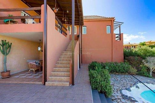 Вилла в Адехе, город Плайя-Параисо, 300 м2, сад, террасса, гараж   | 72