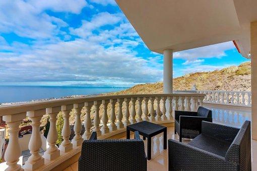 Casa en Adeje, ciudad Roque del Conde, 375 m2, jardin, terraza, garaje   | 32