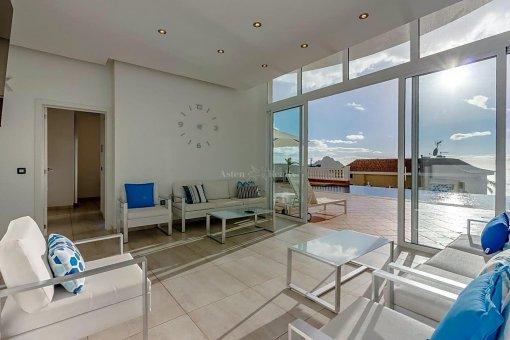 Casa en Adeje, ciudad Roque del Conde, 375 m2, jardin, terraza, garaje   | 39