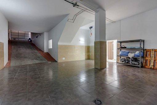 Casa en Adeje, ciudad Roque del Conde, 375 m2, jardin, terraza, garaje   | 47