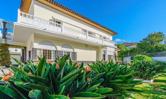 Villa in Santa Cruz de Tenerife, 774 m2, garden, terrace, garage   | 2
