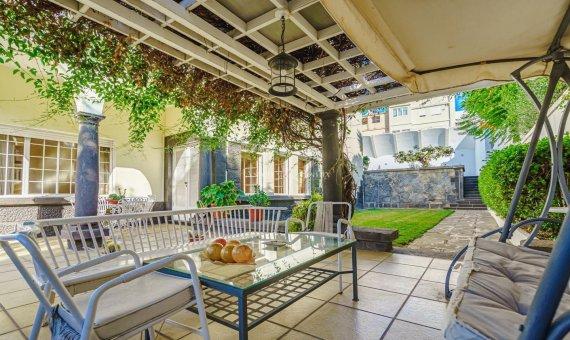 Villa in Santa Cruz de Tenerife, 774 m2, garden, terrace, garage   | 3