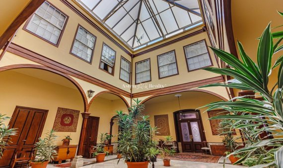Casa en La Orotava, 1249 m2, jardin, terraza, garaje -