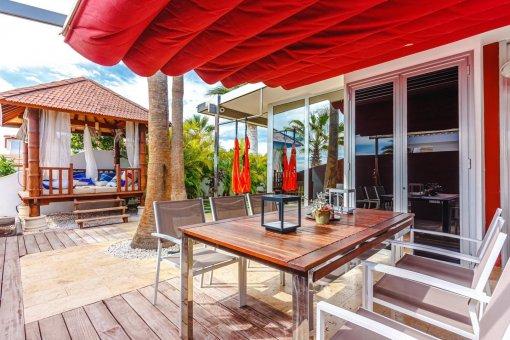 Villa in Arona, city Costa del Silencio, 194 m2, garden, terrace, garage -