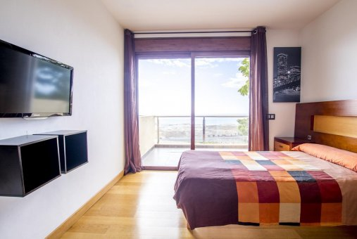 Villa in Adeje, city Galeon, 250 m2, garden, terrace, garage   | 50