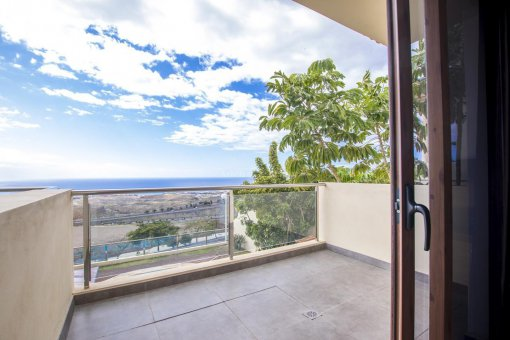 Villa in Adeje, city Galeon, 250 m2, garden, terrace, garage   | 51