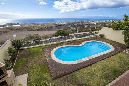 Villa in Adeje, city Galeon, 250 m2, garden, terrace, garage   | 63