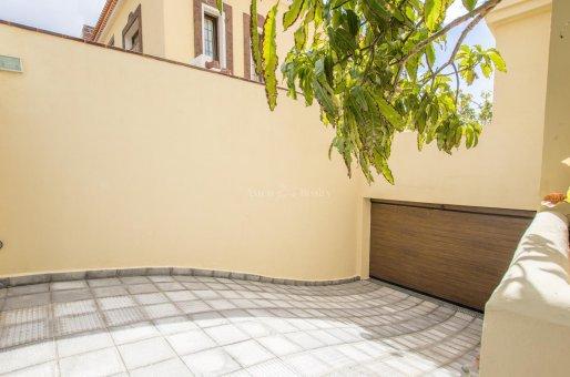 Villa in Adeje, city Galeon, 250 m2, garden, terrace, garage   | 64