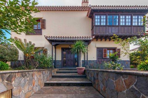 Вилла в Сан-Кристобаль-де-Ла-Лагуна, 420 м2, сад, террасса, гараж   | 4