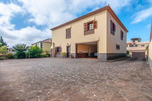 Вилла в Сан-Кристобаль-де-Ла-Лагуна, 420 м2, сад, террасса, гараж   | 6