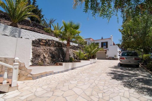 Вилла в Арона, 374 м2, сад, террасса, балкон, гараж   | 169925-570x340-jpg