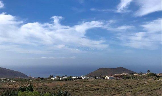 Terreno en Arona, ciudad La Camella, 534 m2 -