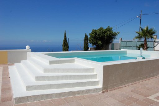 Villa in Adeje, city Los Menores, 1200 m2, garden, terrace, garage   | 38