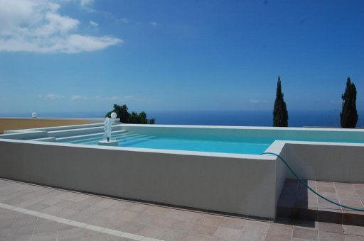 Villa in Adeje, city Los Menores, 1200 m2, garden, terrace, garage   | 75