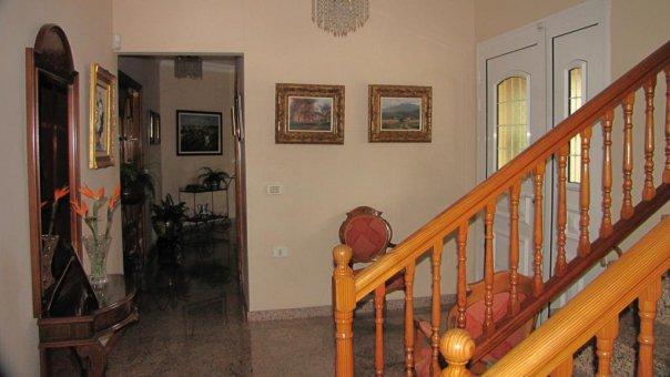 Вилла в Лос Реалехос, 247 м2, сад, террасса, балкон, гараж   | 54
