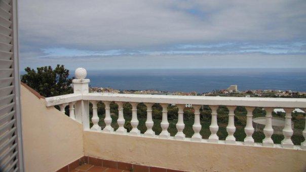 Вилла в Лос Реалехос, 247 м2, сад, террасса, балкон, гараж   | 57