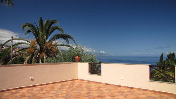 Вилла в Эль-Саусаль, 135 м2, сад, террасса, балкон, гараж   | 56