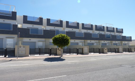 Townhouse in Alicante, Pilar de la Horadada, 90 m2, pool -