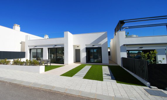 Villa in Alicante, Pilar de la Horadada, 79 m2, pool -