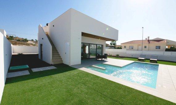 Villa en Alicante, La Marina, 301 m2, piscina   | 2