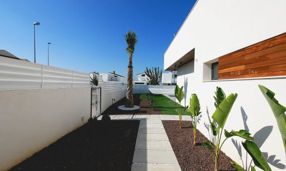 Villa en Alicante, La Marina, 301 m2, piscina   | 13