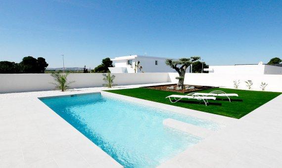 Villa en Alicante, La Marina, 263 m2, piscina   | 3