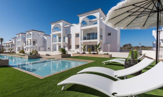 Planta baja en Alicante, Rojales, 114 m2, piscina -