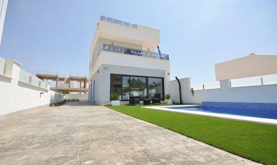 Спаренный дом в Аликанте, Пилар-де-ла-Орадада, 102 м2, бассейн   | np000999_g_ibrqhjyveaggca2wgf50-570x340-jpg