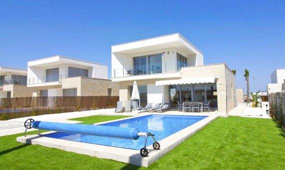 Villa en Alicante, San Miguel de Salinas, 115 m2, piscina -