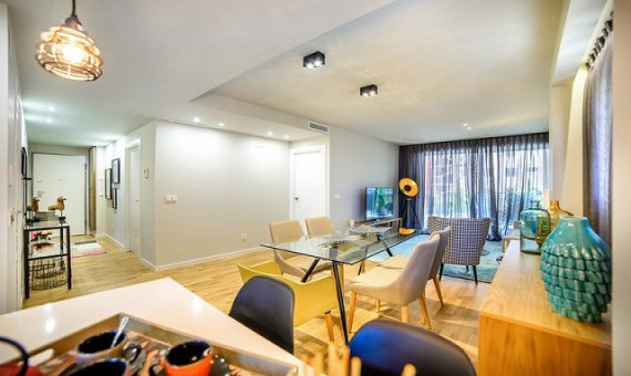 Квартира в Аликанте, Кампельо, 90 м2, бассейн     4