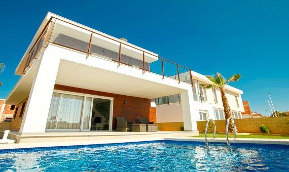 Villa en Alicante, Santa Pola, 152 m2, piscina   | np005553_g_yp24wwkccst3v5b7b84b-570x340-jpg