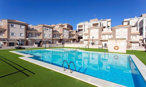 Casas adosada en Alicante, Santa Pola, 95 m2, piscina   | np005644_g_ole_c3244373-eb31-47de-8cd7-45b166f28d3a-570x340-jpg