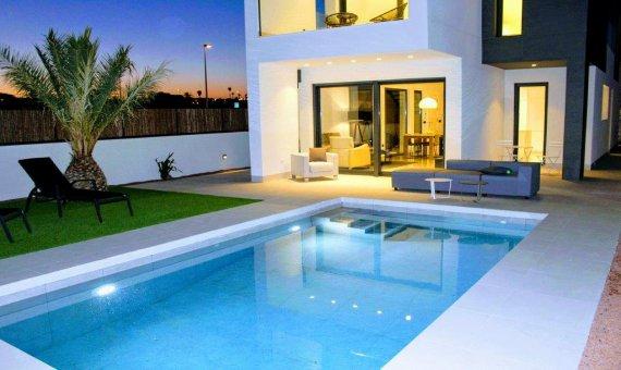 Вилла в Аликанте, Ла-Марина, 265 м2, бассейн -