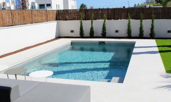 Villa en Alicante, La Marina, 265 m2, piscina   | 35