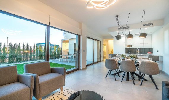 Villa en Alicante, Roda, 141 m2, piscina     5